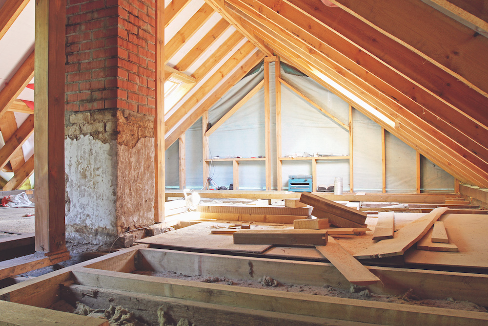 Hvad koster efterisolering på loftet?